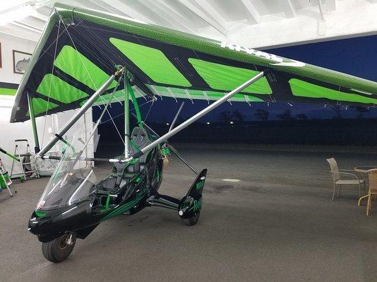 Hang Gliding Hawaii Photo