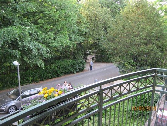 Weinert's Genuss & Gastlichkeit: Eingang Kurpark