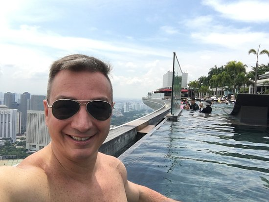 AWESOME MARINA BAY SANDS HOTEL, AS SEEN IN MAY 2018.