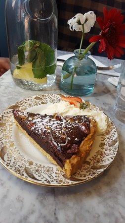 Queen of Tarts : Our Wonderful Dessert