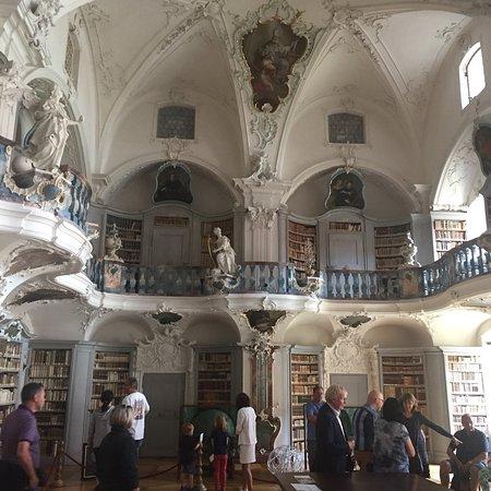 St. Peter auf dem Schwarzwald, Bibliothek: photo0.jpg