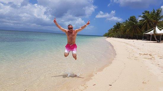 Tarzan Excursion Guadeloupe: Plage de sable blanc