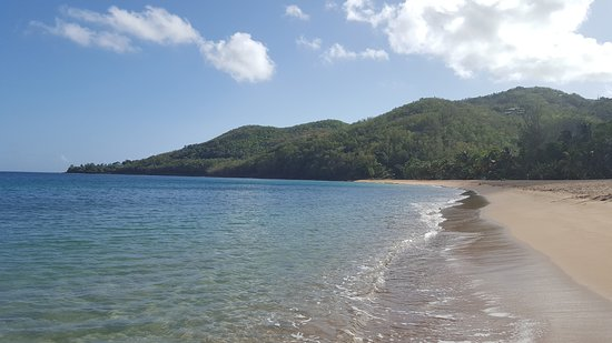 Habitation Grande Anse: Looking right, along the beach