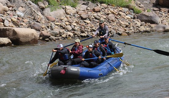 4-Hour Rafting Trip Down the Animas River张图片