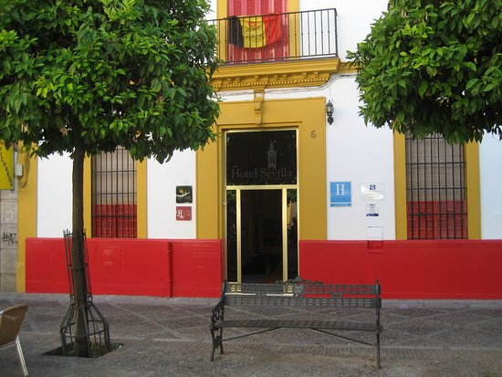 Hotel Sevilla: Fachada principal