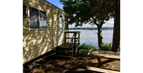 Hammond, Nova York: Beautiful Black Lake, Newer & Remodeled Cottages, air conditioning, some with 2 full baths.