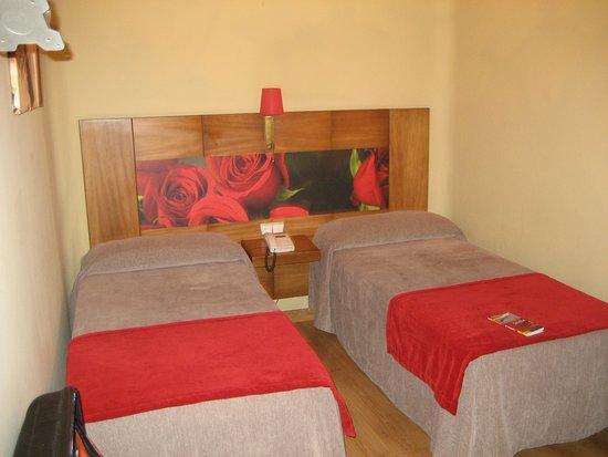 Hotel Sevilla: Camas