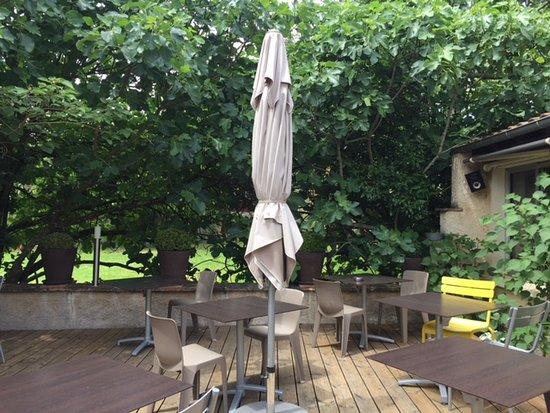 Mauvezin, Frankrike: Une partie de la terrasse !