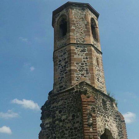 Kisnanai Var : A vár templom tornya