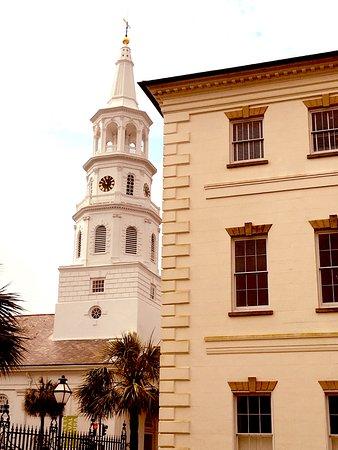 写真Charleston Footprints Walking Tours枚