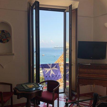 Hotel Croce di Amalfi Photo