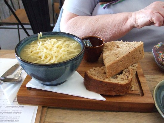 Troon, UK: A typical 'soup of the day' portion. Potato and Courgette with cheese!