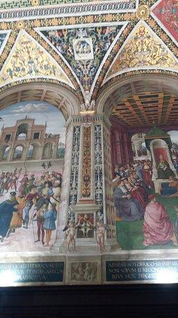 写真Biblioteca Piccolomini枚