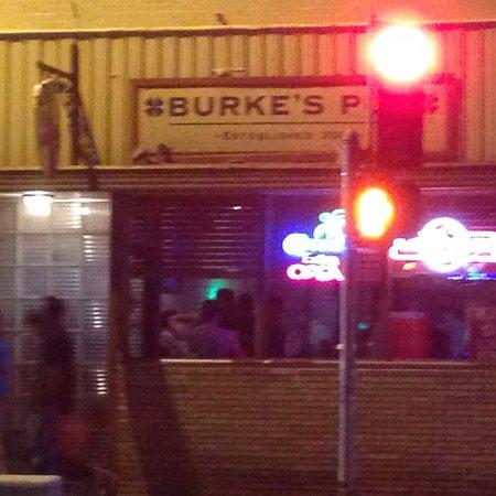 Burke's Pub