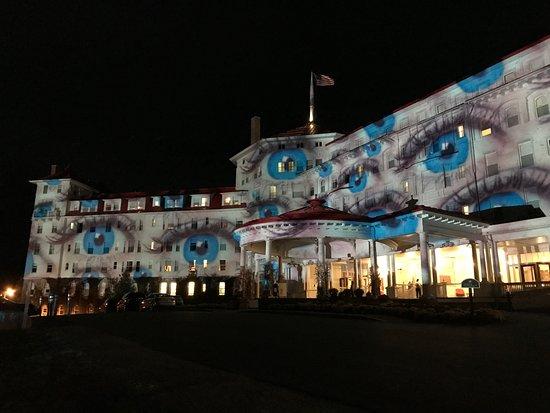 Omni Mount Washington Resort: Another Art Exhibit