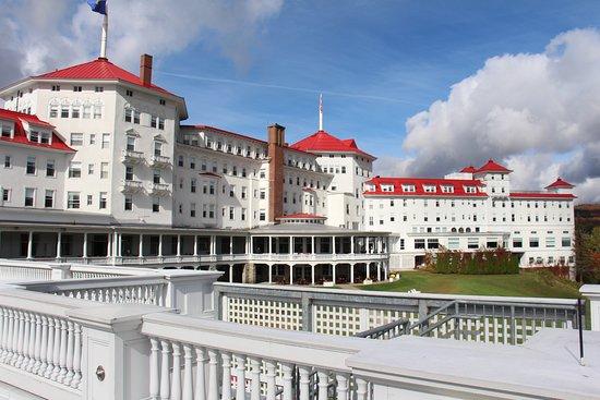 Omni Mount Washington Resort: Rear Facade