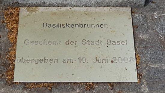 Basiliskenbrunnen照片