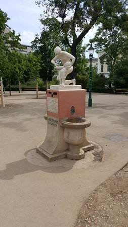 Labetrunkbrunnen