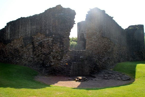 Skenfrith Castle : sign