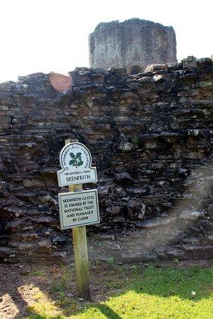 Skenfrith Castle : inside