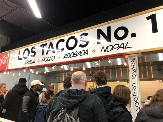 Los Tacos No. 1 : Order pick up area