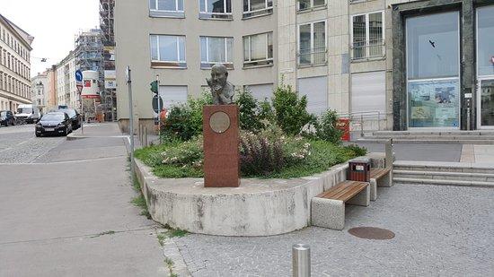 Denkmal Rudolf Sallinger