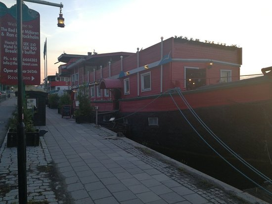 The Red Boat Hotel & Hostel: IMG_20180603_213853_large.jpg