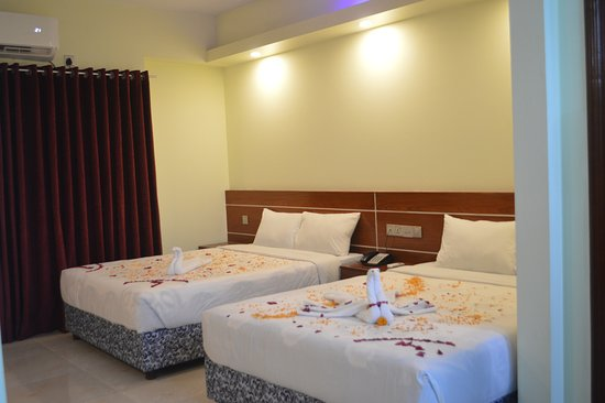 Royal Beach Resort: Executive Suite