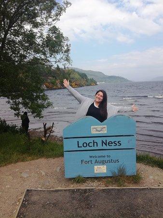 Excursion d'une journée à la découverte des Highlands écossais, du Loch Ness et de Glen Coe au départ d'Édimbourg : En el Lago Ness