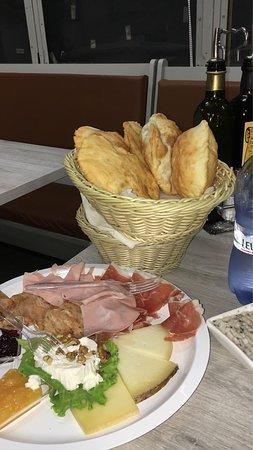 L'insolito Bar ภาพถ่าย
