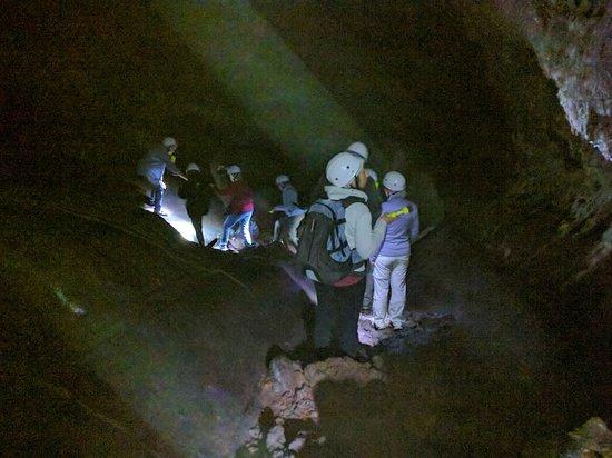 Gruta das Torres: Inside the lava tube.