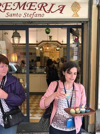 Taste Bologna - Bologna Food Tour: Gelato finish