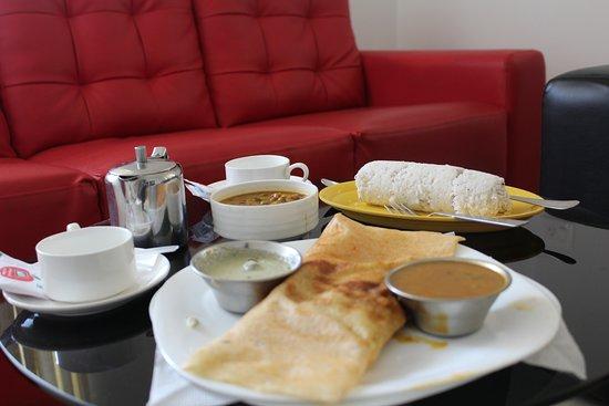 Sara Hotels and Apartments : Breakfast