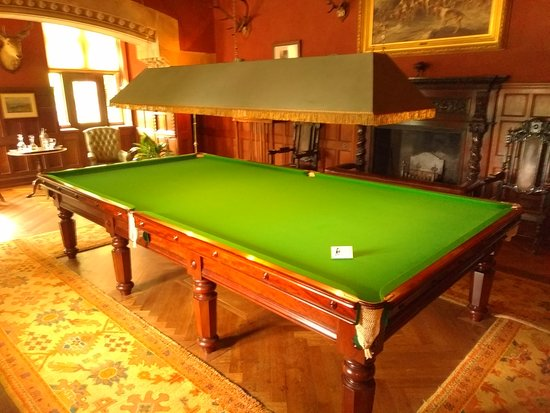 Knightshayes court: Snooker Room