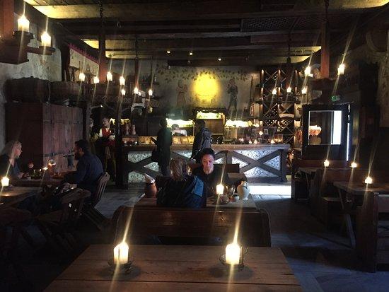 Olde Hansa : Este es el interior del lugar