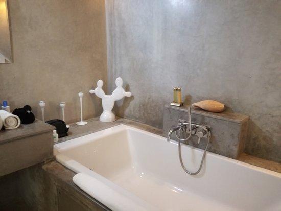 Riad Vanilla sma: Il bagno della Suite SMA