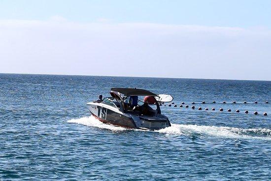 Surf Maspalomas: SPORT WAVE BOAT