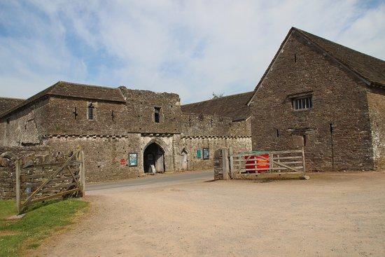 Tretower Castle & Court: car park