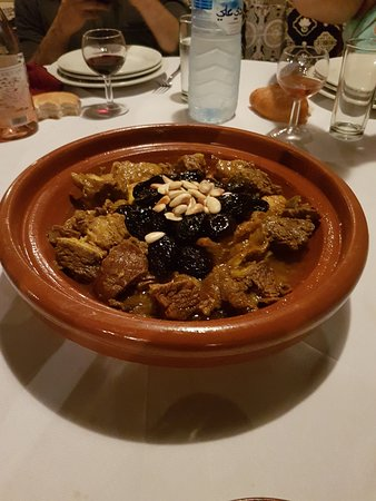 Restaurant Chez Ali: Tajine pruneaux et amandes : fabuleusement bon !