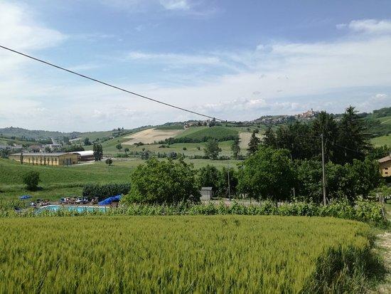 Castelnuovo Calcea, Italien: IMG_20180602_155055_large.jpg