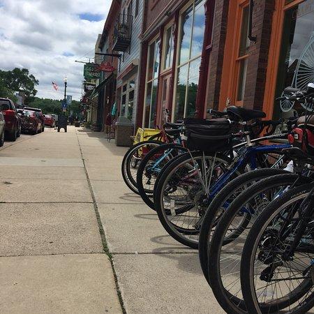 Pedal Pushers Cafe: photo0.jpg