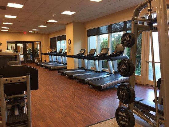 Hilton Orlando Bonnet Creek: Fitness center - treadmills