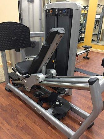 Hilton Orlando Bonnet Creek: Fitness center - leg press