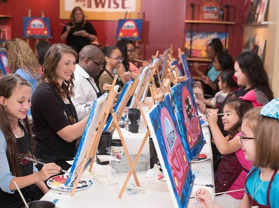 Alpharetta, Geórgia: Paint & Sip with us!