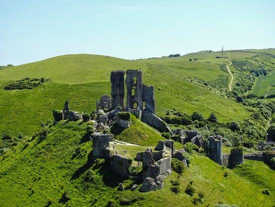 Gambar Corfe Castle
