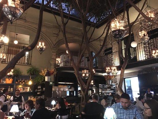 Azul Historico: Dining area