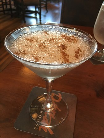 Dakotah Steakhouse: Cream brulee martini