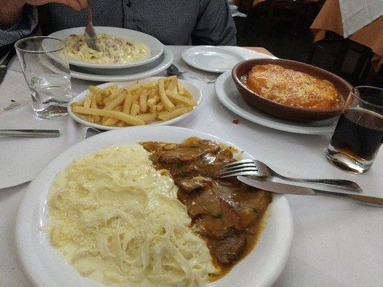 Abruzzi Restaurante e Rotisserie照片