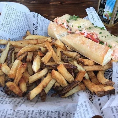 Grand Banks Seafood Market & Bistro: photo0.jpg