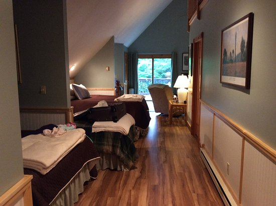 Morning Glory Inn: Our superb room!!!